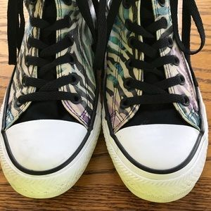 Women's Converse Allstar High Top Sneakers SZ 9 US